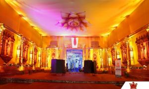 Temple-Theme-Inside-view